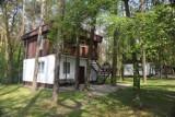 W Gołuchowie nad jeziorem znów można wynajmować domki