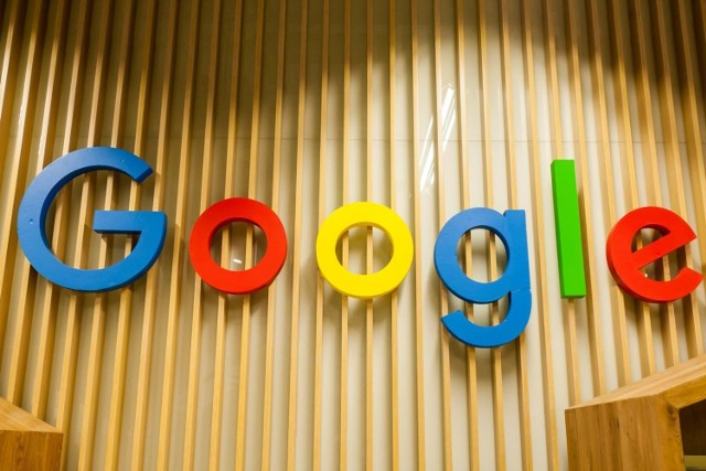 Google: Znamy TOP10 wśród wyszukiwanych w Polsce haseł w 2020 r. w wielu kategoriach. Wygrywa koronawirus. Czego szukali polscy internauci?