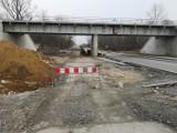 Kraków. Rozbudowa ulicy Igołomskiej. Budują tam tunel i wiadukty. Zobacz, jak postępują prace [ZDJĘCIA]