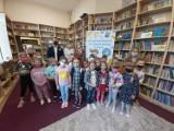 W szkole w Wicku pierwszaki zostały pasowane na czytelników Biblioteki Szkolnej