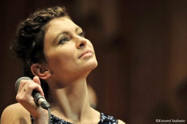 Beata Przybytek to kolejna artystka, która wystąpi na koncercie z cyklu Old Town Jazz