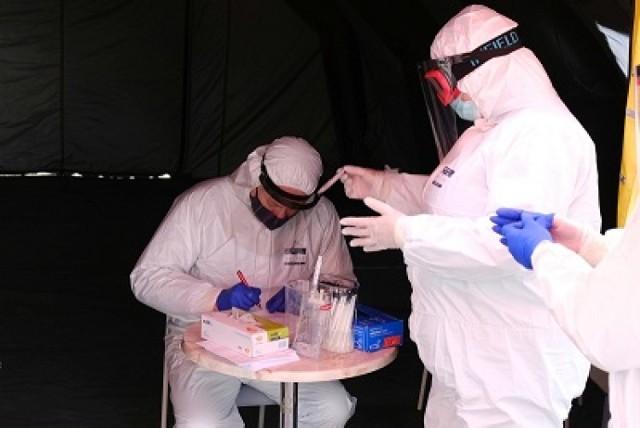Ostatniej doby w powiatach Małopolski zachodniej stwierdzono blisko 300 nowych zakażeń koronawirusem