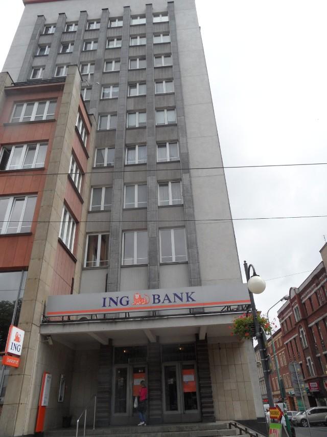 Bank wyprowadza się w drapacza chmur
