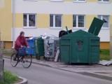 Łowicka Spółdzielnia Mieszkaniowa za wcześnie podniosła opłaty za odbiór śmieci