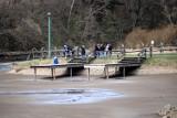 Piękna wiosna w Krempnej. Turystów nie brakuje, choć zalew wysuszony [ZDJĘCIA]