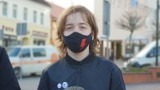 """14-latek z Krapkowic: """"Nie dam się policji zastraszyć!"""". Uczeń stanie przed sądem, bo udostępnił na Facebooku post o Strajku Kobiet"""