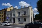 Odnowili budynki komunalne przy Krakowskim Przedmieściu. Jeden jest zabytkowy ZDJĘCIA