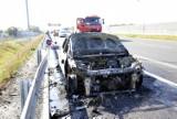 Na drodze ekspresowej S5 całkowicie spłonęło auto [ZDJĘCIA]