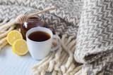 Herbata pomocna w walce z COVID-19. Naukowcy badają kolejne substancje, które mają pomóc zwalczać koronawirusa SARS-CoV-2