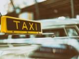 Buspasy kontra taksówki
