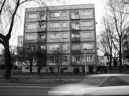 Już kolejny rok lokatorzy tego bloku daremnie ubiegają się o prawo wykupu swoich mieszkań.