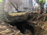 Niezwykłe odkrycie w parku w centrum Poznania. Co skrywają podziemia koło Opery? To kolejny schron!