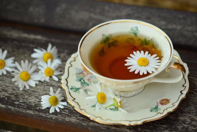 Przyrządzanie herbaty ma w Japonii wymiar wręcz religijny. Proces przygotowania i picia napoju świadczy o tym, że wszystko co robimy jest potencjalnym aktem boskiego olśnienia. Jak to wygląda przekonają się na własnym podniebieniu uczestnicy specjalnych pokazów w Łazienkach Królewskich.