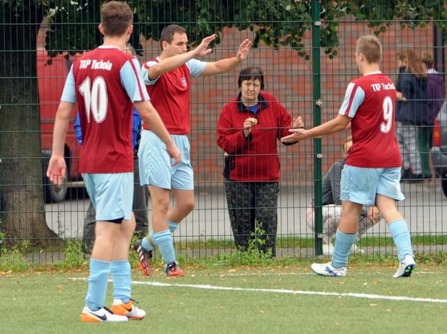 Piłkarze TKP Tuchola grają w tym sezonie w przysłowiową kratkę i po porażce z Cisem zajmują 9. lokatę w lidze.