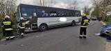 Wypadek pod Bydgoszczą. Bus zderzył się z samochodem osobowym [zdjęcia]