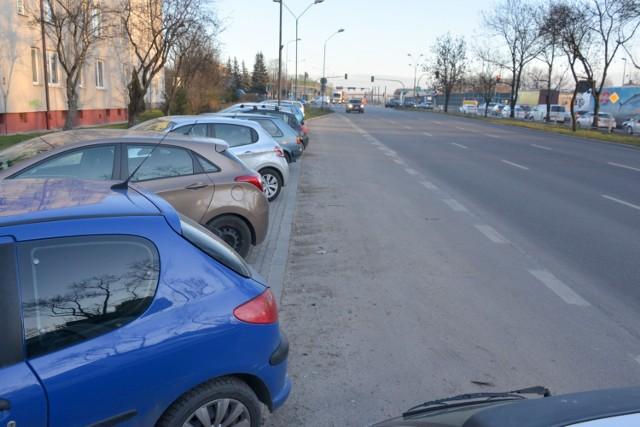 Na ulicy Jesionowej, w miejscu parkingu powstanie przystanek autobusowy.
