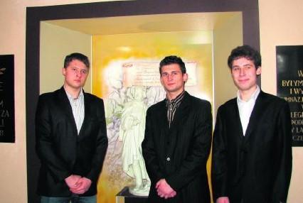 Trójka lublinieckich uczniów zbudowała bardzo ciekawy model z wykorzystaniem napędu CD