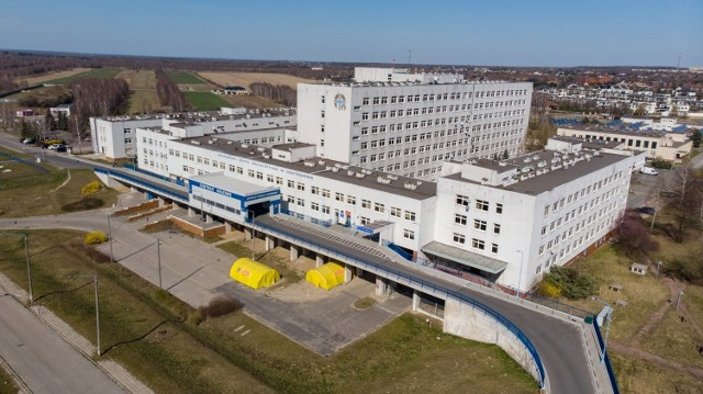 Częstochowskie szpitale wojewódzkie z lotu ptaka Zobacz kolejne zdjęcia. Przesuwaj zdjęcia w prawo - naciśnij strzałkę lub przycisk NASTĘPNE