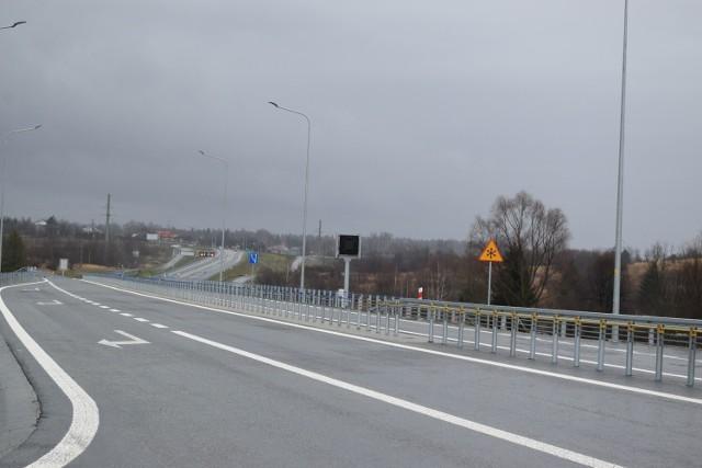 I etap budowy obwodnicy Sanoka pozwolił na wyprowadzenie z miasta ruchu tranzytowego z kierunku Krosna, II etap spowoduje domknięcie obwodnicy, która za Sanokiem pobiegnie w kierunku Przemyśla