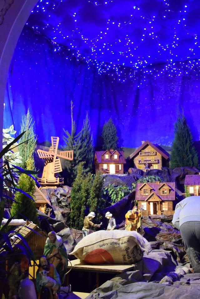 Powstaje ruchoma szopka bożonarodzeniowa u Bernardynów
