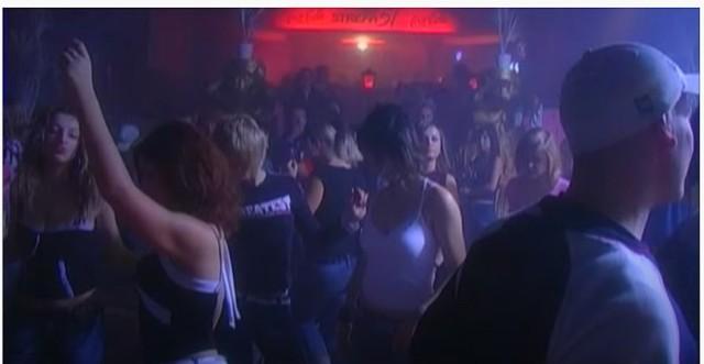 Kraśnicki klub - Strefa 51, screen z materiału z 2005 roku.