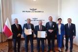 Zespół Szkół Powiatowych w Drzewicy będzie kształcić kolejarzy. Podpisano umowę o współpracy z PKP