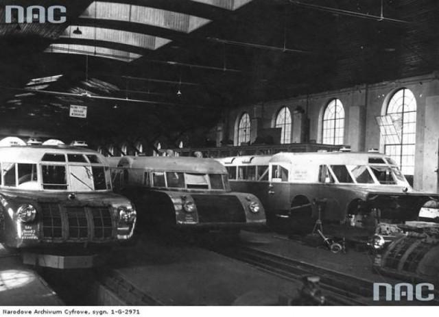 """W lokomotywowni przy krakowskiej stacji w Krakowie Płaszowie w 1939 roku stacjonowało pięć """"luxtorped"""""""