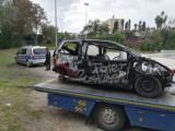 """Akcja """"Wrak"""" w Radlinie. Straż Miejska usuwa nieużywane samochody z ulic i parkingów"""