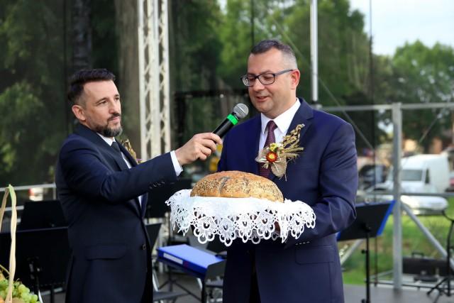 Dożynki gminy Warta w Rossoszycy