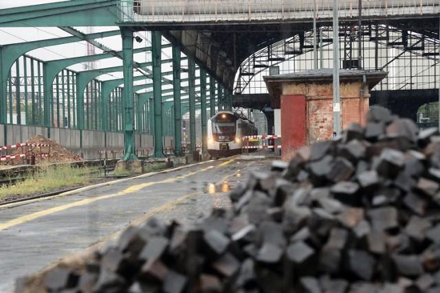 Legnica: Remont dworca PKP, będą 4 windy.