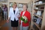 Salonik Ireny Santor w bibliotece w Solu Kujawskim otworzyła osobiście Irena Santor [zdjęcia]