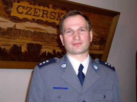 Komendant policji w Czersku Sławomir Janicki mówi, że wojna z narkotykami trwa.