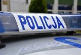 Zderzenie samochodu ciężarowego z busem na drodze krajowej nr 11 w Bąkowie. W Lasowicach Wielkich wystrzał opony przyczyną kolizji aut