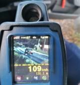 Nastoletni kierowca pędził ponad 100 km/h w terenie zabudowanym