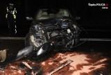 Wypadek na DK88. Najpierw potrącił sarnę, a potem zderzył się czołowo z oplem. ZDJĘCIA