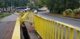 Sprawca demolki w centrum Międzyrzecza stanie przed sądem. Zniszczył mostek, miał zakaz prowadzenia pojazdów i ponad dwa promile alkoholu