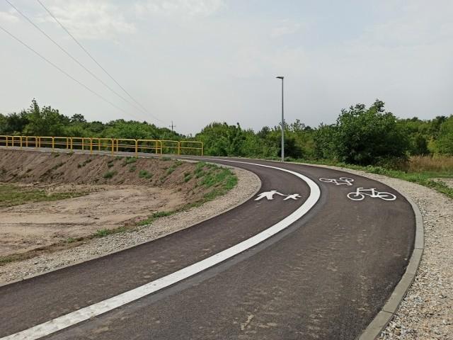 Najnowsza ścieżka pieszo-rowerowa w Koninie prowadzi z ul. Staromorzysławskiej na ul. Jana Pawła II