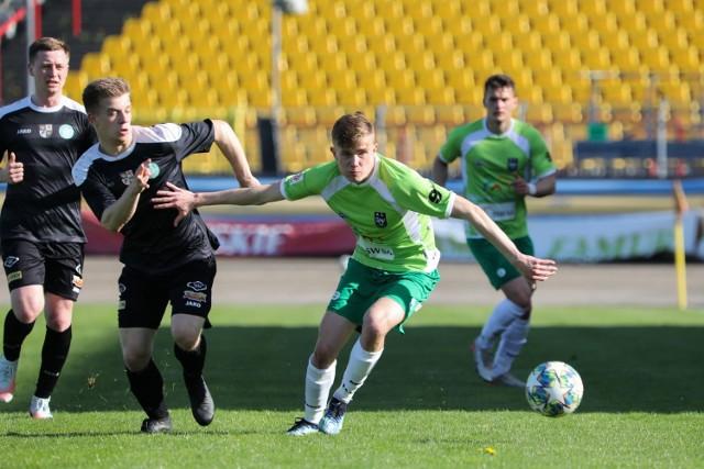 Tylko remisem zakończył się mecz piłkarzy ROW-u Rybnik z Polonią-Stalą Świdnica.