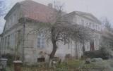Kobylin - Burmistrz chce sprzedać pałac w Starkówcu. Ponoć są jużchętni