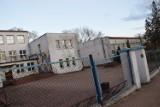 Budynek po SP 4 w Zduńskiej Woli na sprzedaż. Kupi ministerstwo kultury z bonifikatą