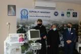 Limanowa. Respirator upamiętniający zmarłego na COVID-19 księdza trafił do szpitala w Limanowej [ZDJĘCIA]