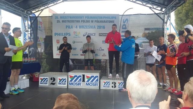 Tomasz Grycko (UKS Bliza Władysławowo). Brąz na MP w Półmaratonie Piła 2016