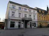 Kontrole w Ministerstwie Śledzia i Wódki w Tomaszowie. Policja zaostrzyła kontrole wobec przedsiębiorców nieprzestrzegających zakazów