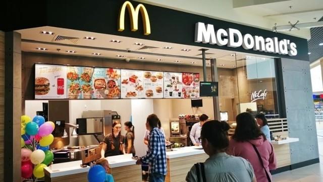 """Posiłki w McDonald's szkodliwe dla dzieci? """"DGP"""": Minister Zdrowia interweniuje"""