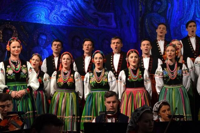 W kościele Chrystusa Króla Wszechświata koncertował w niedzielę Państwowy Zespół Pieśni i Tańca Mazowsze.