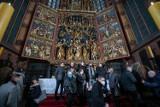"""Kraków. Otwarcie ołtarza mariackiego po konserwacji: """"Arcydzieło Wita Stwosza właśnie osiągnęło nieśmiertelność"""""""