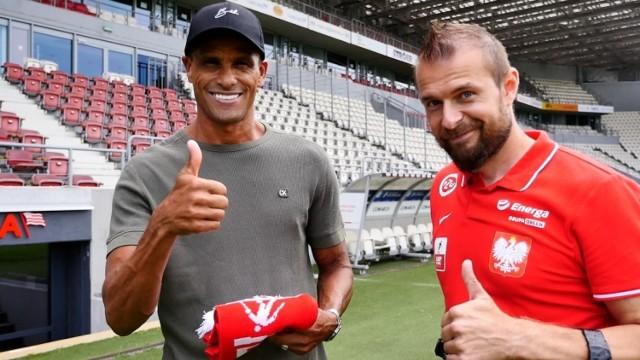 Rivaldo i Kamil Rosiek na stadionie Cracovii