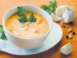 Mus dyniowy: Warto mieć go w lodówce. Można z niego przygotować nie tylko zupę, ale także słodkie ciasto, racuchy czy pierogi