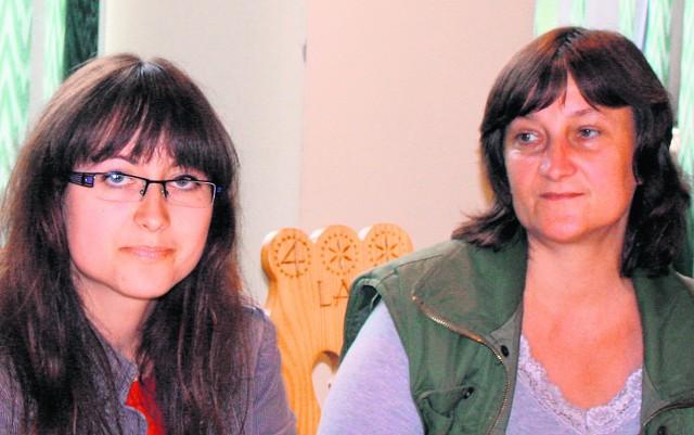 Z lewej: panie Magdalena i Maria Dziorek z gminy Gorzyce koło Sandomierza proszą o pomoc dla gminy