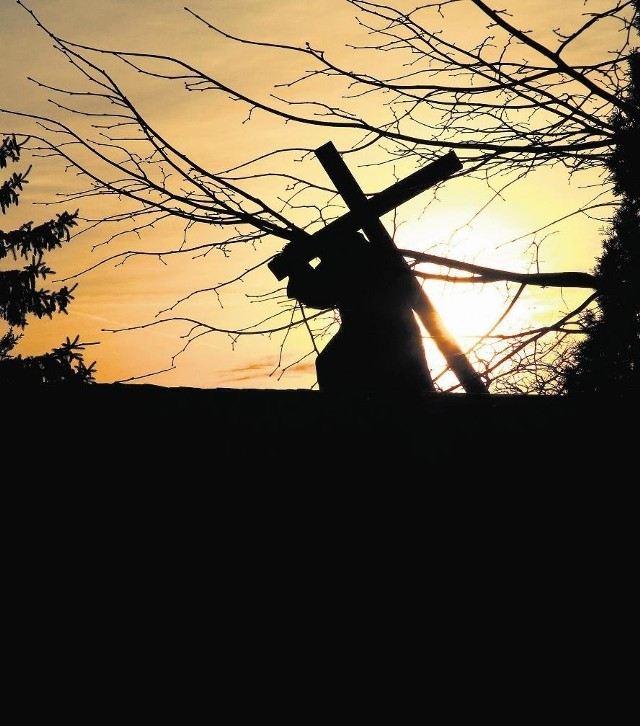 Wielki Piątek to dzień, w którym Chrystus umarł na krzyżu.